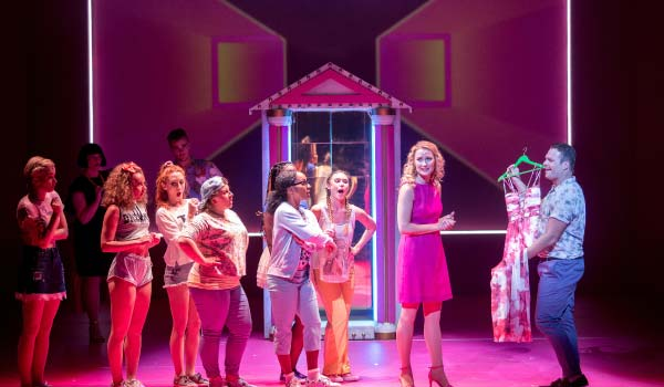 legally-blonde-2017-show-image-2